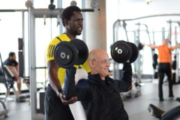 Muskelaufbau Training mit personal Trainer Frankfurt